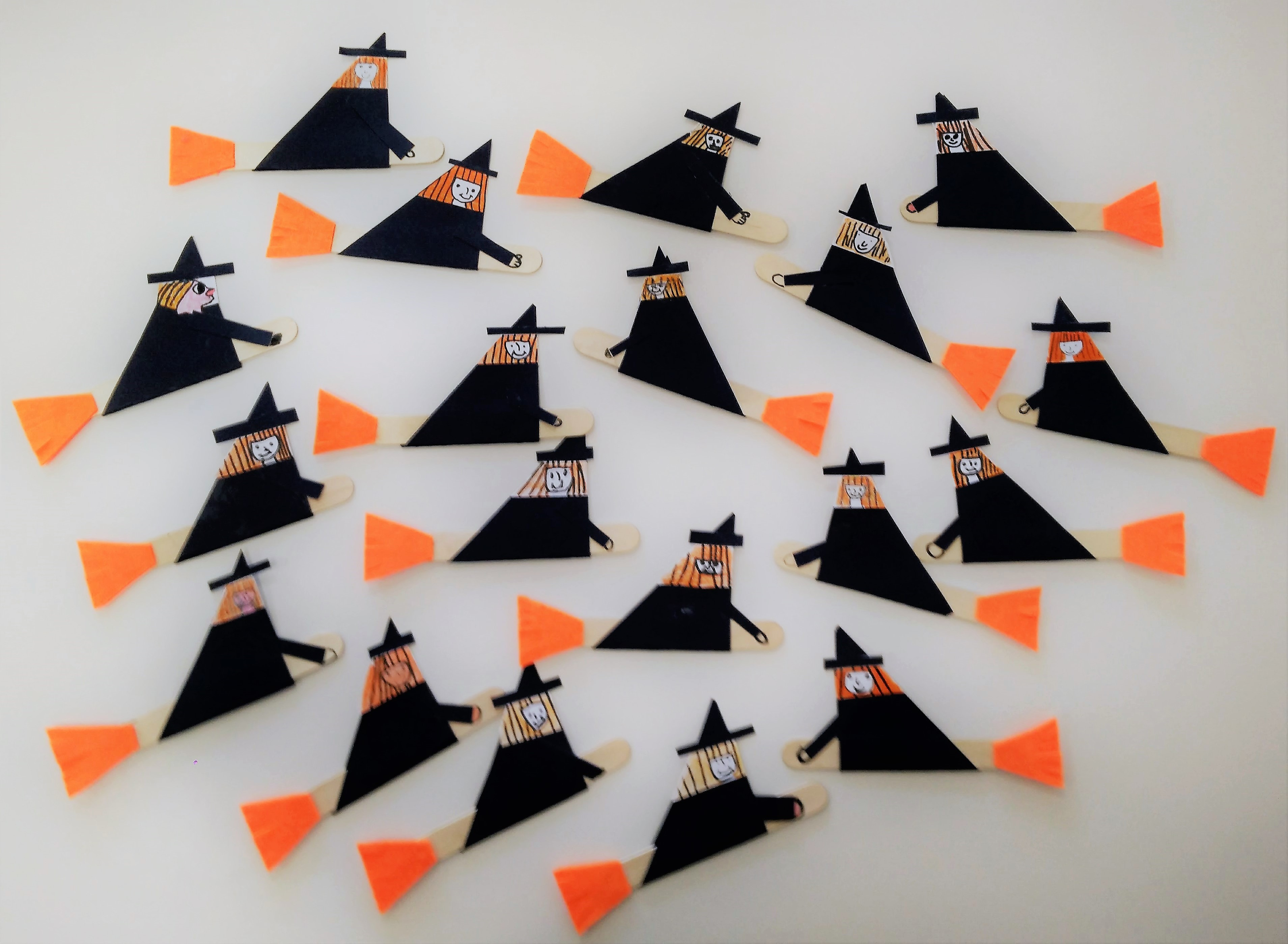 04halloween_witches